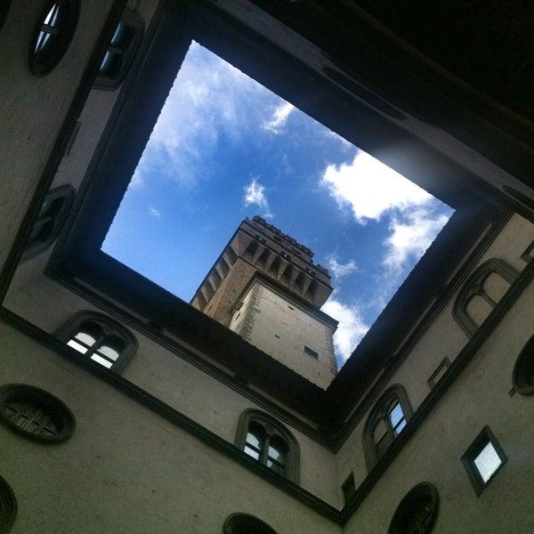 Photo prise au Palazzo Strozzi par Emmet B. le2/3/2013