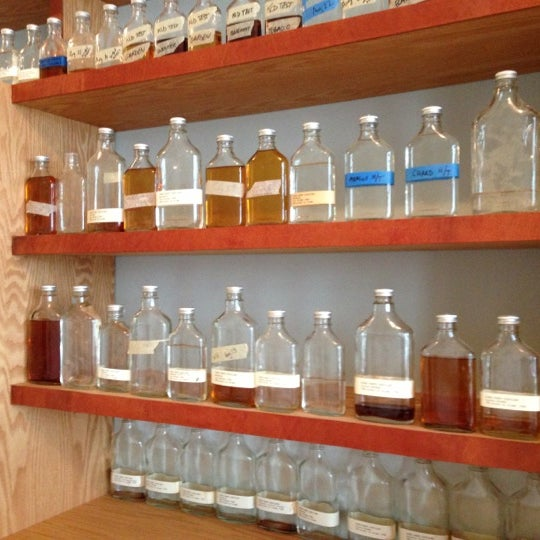 Foto scattata a Kings County Distillery da Jeremy S. il 10/7/2012