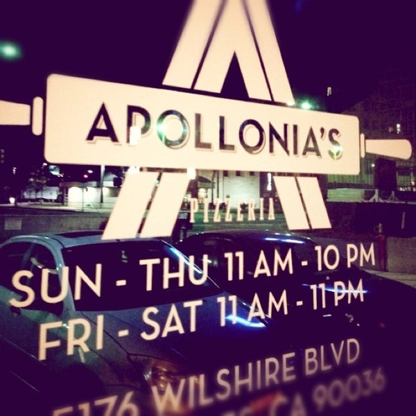 Foto scattata a Apollonia's Pizzeria da Mike H. il 1/30/2013