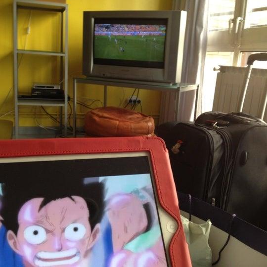 Foto scattata a Alberguinn Barcelona Hostel da Jingxi H. il 10/21/2012