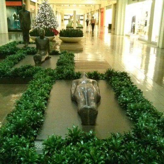 12/19/2012 tarihinde Serkan A.ziyaretçi tarafından NorthPark Center'de çekilen fotoğraf