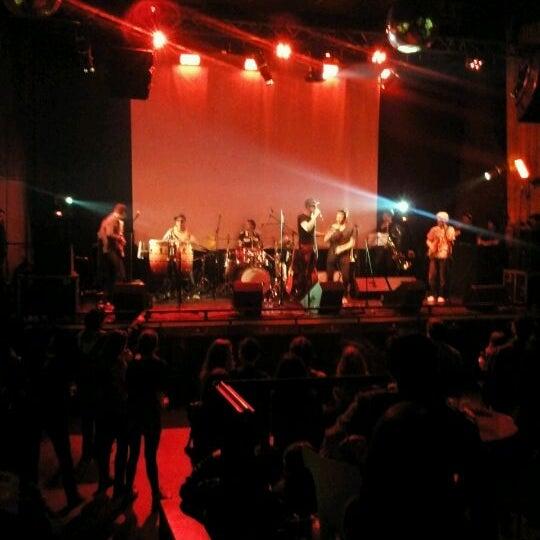 Foto tomada en Centro Cultural Amanda por David T. el 10/7/2012