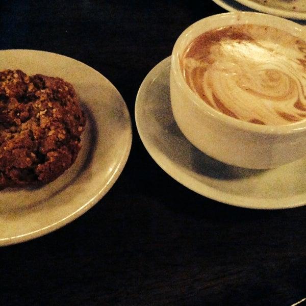 Foto tomada en Indian Road Café por Beeluvd el 2/2/2014