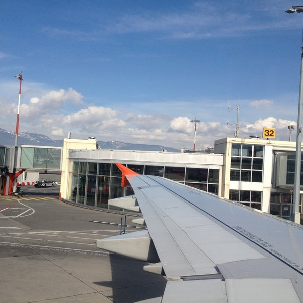 Photo prise au Aéroport de Genève Cointrin (GVA) par Вячеслав З. le3/10/2013