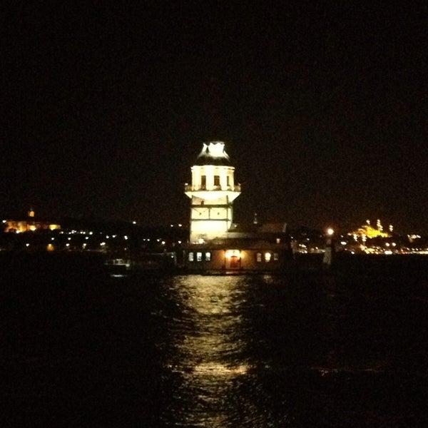 6/23/2013にnurdannnがKız Kulesiで撮った写真