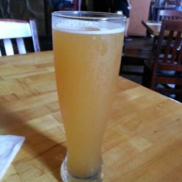 6/8/2013에 Michael T.님이 Outer Banks Brewing Station에서 찍은 사진