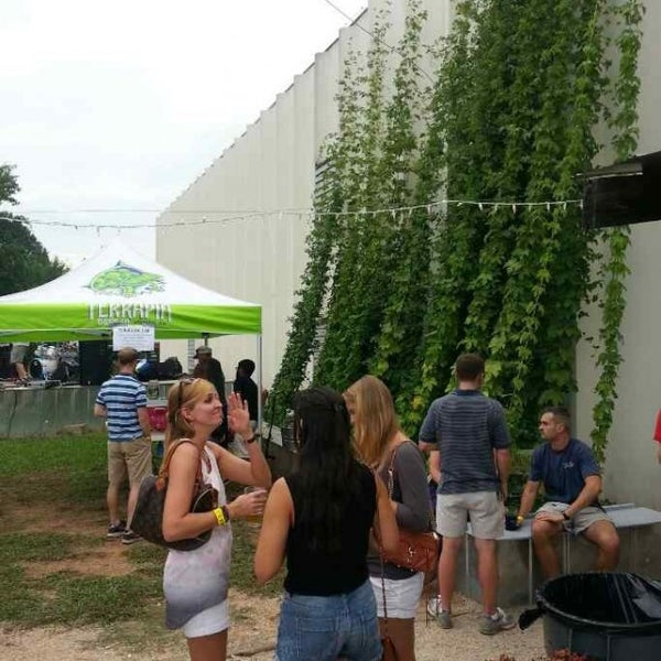 Photo prise au Terrapin Beer Co. par Michael T. le7/27/2013