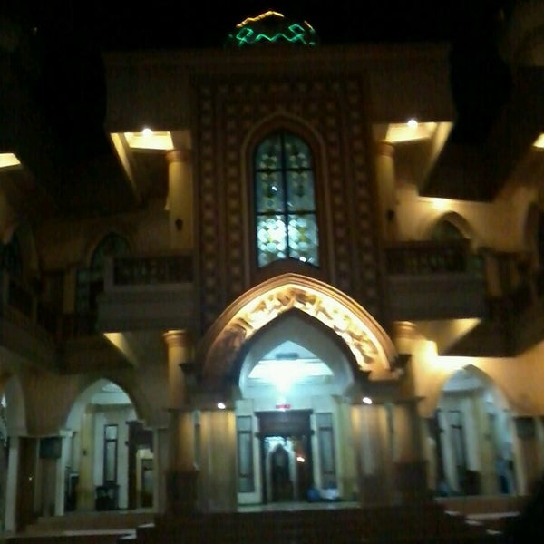 Foto diambil di Masjid Jami' Baiturrahman I oleh Sri P. pada 8/24/2013