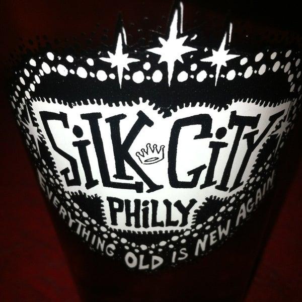 Снимок сделан в Silk City Diner Bar & Lounge пользователем Kai M. 3/1/2013