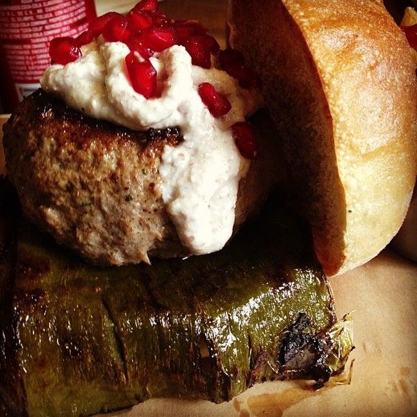 9/10/2013에 Pam H.님이 Smokey's Burger House에서 찍은 사진