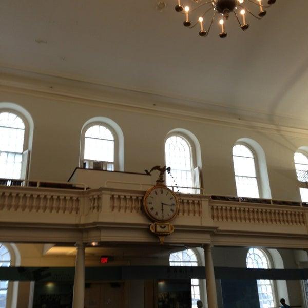 6/8/2013 tarihinde Marko V.ziyaretçi tarafından Old South Meeting House'de çekilen fotoğraf