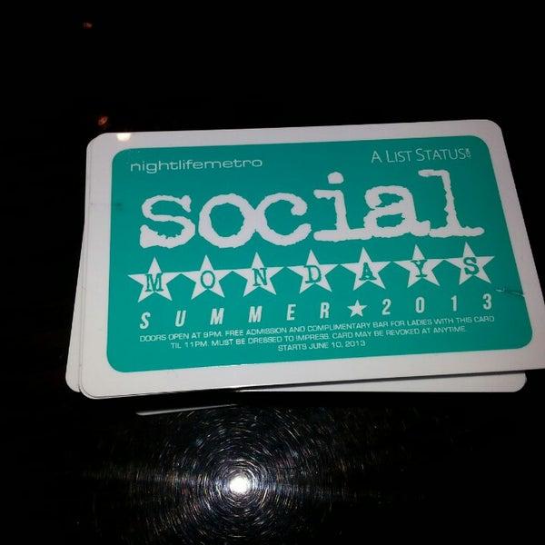 Photo prise au Social Sports Kitchen par Rickie F. le5/12/2013