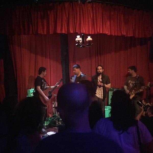 11/11/2015에 Dan Z.님이 Clube Silêncio에서 찍은 사진