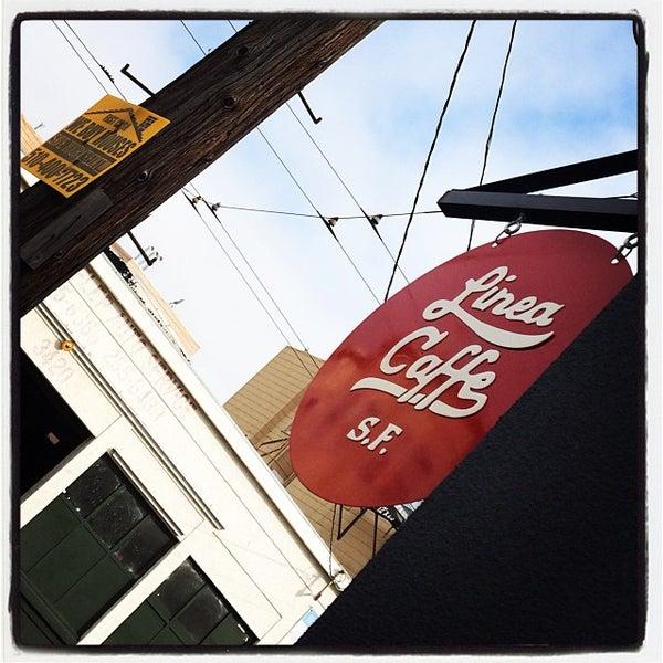 10/12/2013 tarihinde Marcus C.ziyaretçi tarafından Linea Caffe'de çekilen fotoğraf