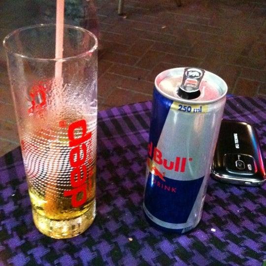 Foto tirada no(a) Deep Blue Bar por Nazlı K. em 9/15/2012