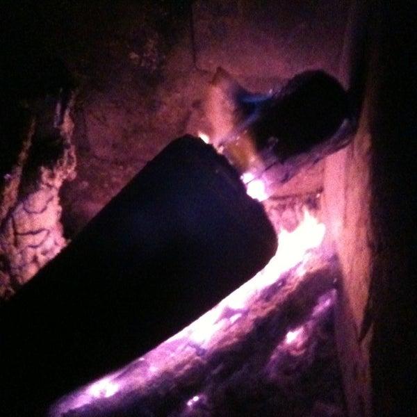Foto tirada no(a) Deep Blue Bar por Nazlı K. em 12/21/2012
