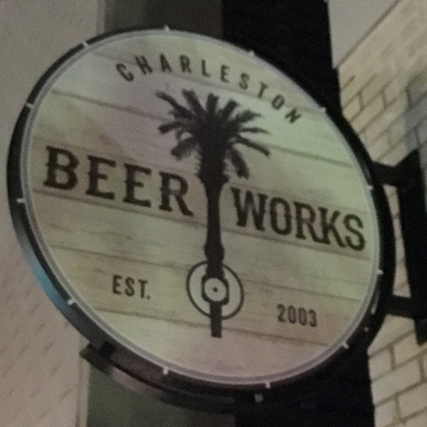 Foto tirada no(a) Charleston Beer Works por Stu L. em 12/7/2016