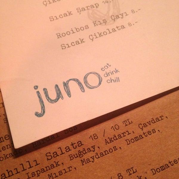 รูปภาพถ่ายที่ Juno โดย Miray U. เมื่อ 2/7/2013
