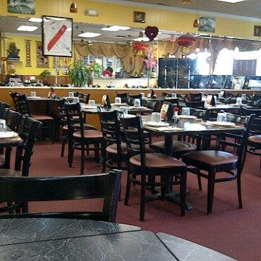 2/27/2011 tarihinde Anson Touziyaretçi tarafından Chifa Du Kang Chinese Peruvian Restaurant'de çekilen fotoğraf
