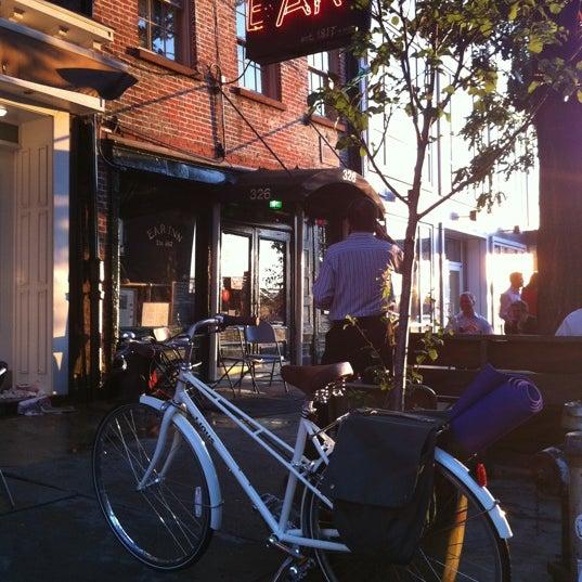 7/14/2011にDorina Y.がEar Innで撮った写真