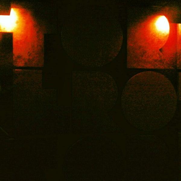 5/24/2012 tarihinde Shana S.ziyaretçi tarafından Discoteca Torero'de çekilen fotoğraf
