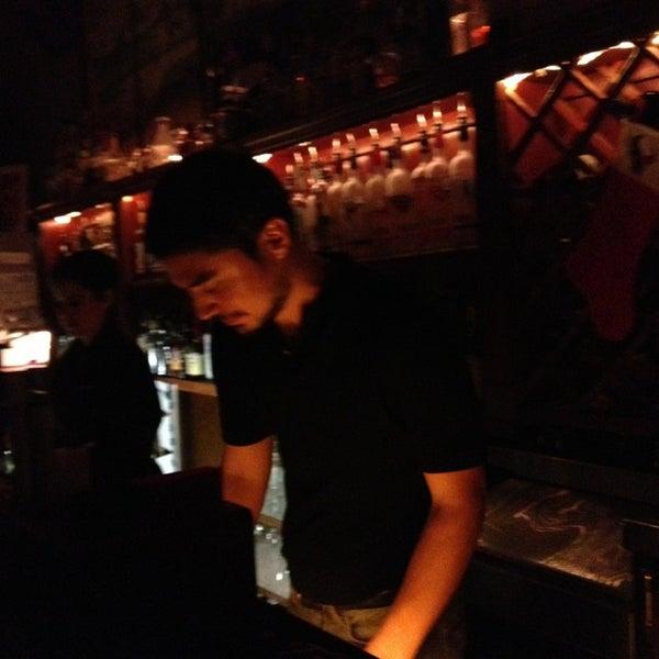 รูปภาพถ่ายที่ Marfreless โดย Omar F. เมื่อ 12/22/2012