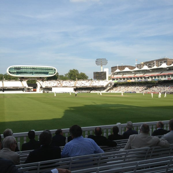Foto tomada en Lord's Cricket Ground (MCC)  por Mikko A. el 8/28/2013