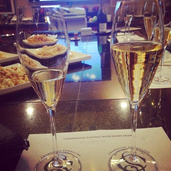 Foto diambil di Ambassador Wines & Spirits oleh ALBD pada 9/27/2014