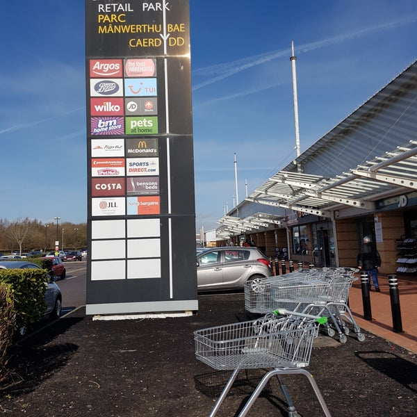 Photos At Cardiff Bay Retail Park Grangetown 2 Tips From 223 Visitors