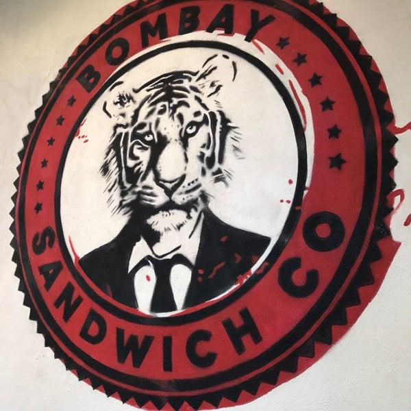 รูปภาพถ่ายที่ Bombay Sandwich Co. โดย JD W. เมื่อ 4/9/2017