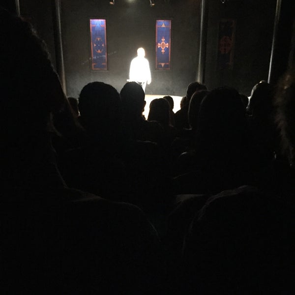 Снимок сделан в The Lynn Redgrave Theater at Culture Project пользователем JD W. 4/24/2016
