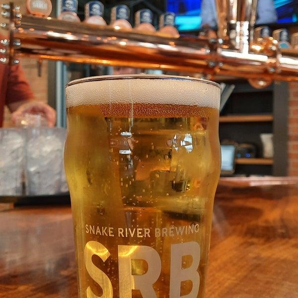 Das Foto wurde bei Snake River Brewery & Restaurant von seth s. am 7/26/2021 aufgenommen