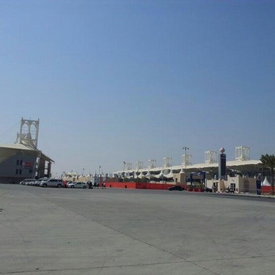 Foto scattata a Bahrain International Circuit da Ali E. il 9/29/2012