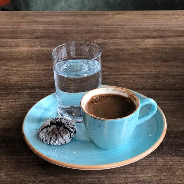1/8/2020 tarihinde Dilan M.ziyaretçi tarafından Coffee Relax'de çekilen fotoğraf
