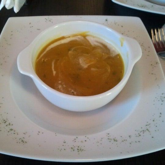 Foto diambil di Café Euro Bar oleh Jose P. pada 11/1/2012
