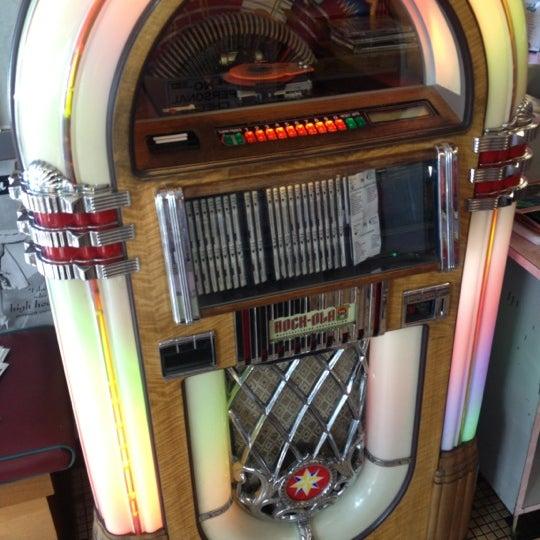 Foto tirada no(a) Rosie's Diner por Mrkartoons G. em 11/13/2012