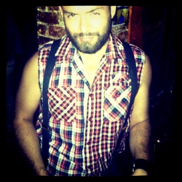 Das Foto wurde bei Nowhere Bar von Julian L. am 9/29/2012 aufgenommen