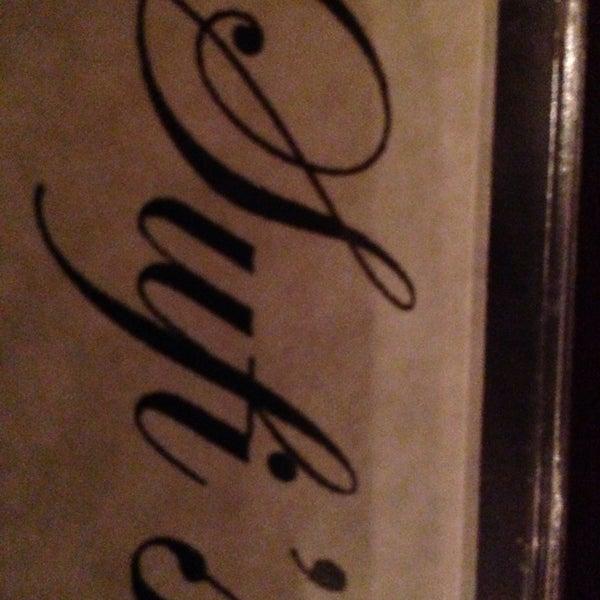 11/24/2013 tarihinde Michael K.ziyaretçi tarafından Sufi's Restaurant'de çekilen fotoğraf