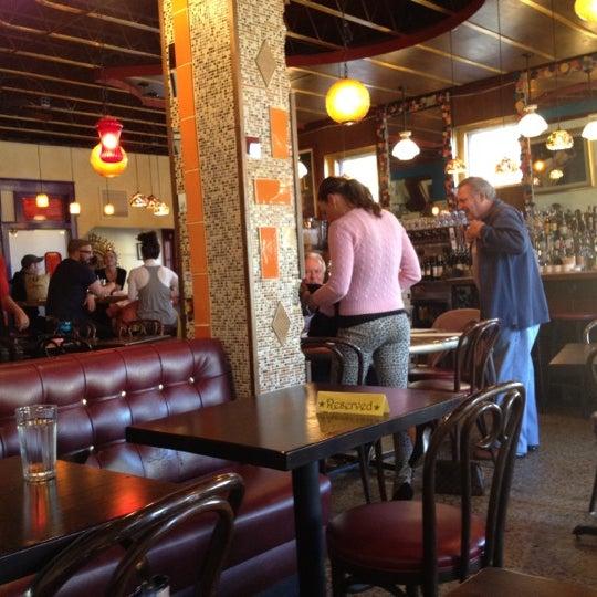 Photo prise au Barbette par Rob K. le9/23/2012