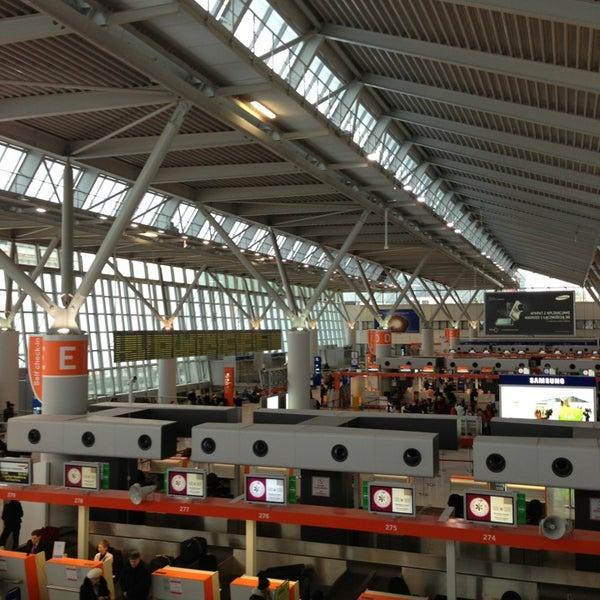 2/16/2013에 Torben G.님이 바르샤바 쇼팽 공항 (WAW)에서 찍은 사진