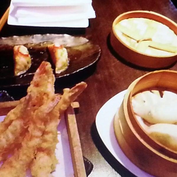 Değişik mutfaklara meraklıysanız menüsünde Asya Japonya Tayland Çin  mutfağı yemekleri bulabileceğiniz  bir restaurant