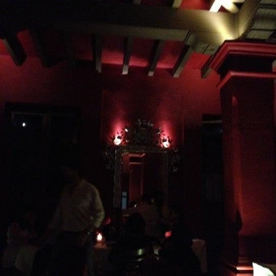 Photo prise au Catedral Restaurante & Bar par Luis Felipe S. le10/3/2012
