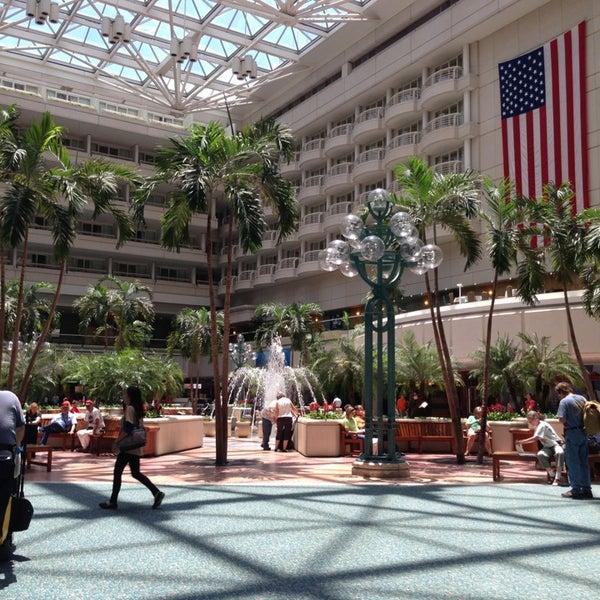 Das Foto wurde bei Flughafen Orlando (MCO) von Michelle G. am 5/15/2013 aufgenommen