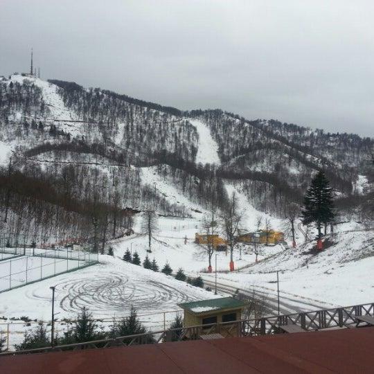 รูปภาพถ่ายที่ The Green Park Kartepe Resort & Spa โดย Soner pascha I. เมื่อ 12/18/2012