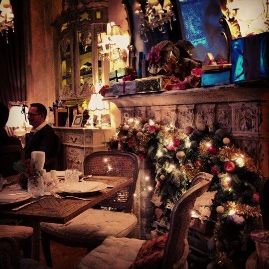 รูปภาพถ่ายที่ Mari Vanna โดย Søfî เมื่อ 12/2/2012