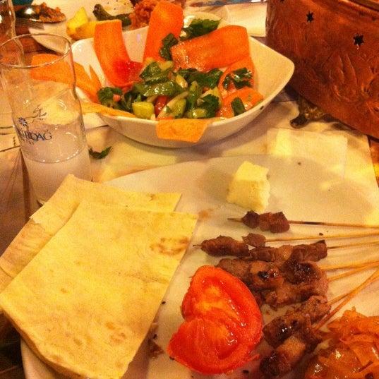 Foto diambil di Topçu Restaurant oleh B'🍂sak pada 12/1/2012