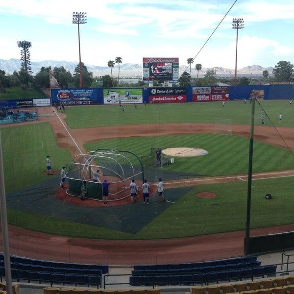 Photo prise au Cashman Field par richelle r. le8/31/2013