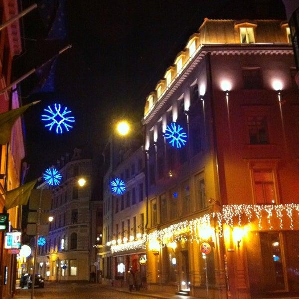 Снимок сделан в B-bārs Restorāns пользователем Viktoriya K. 1/2/2013