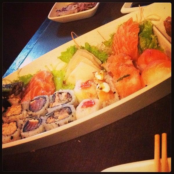 Foto tirada no(a) Kodai Sushi por Serginho L. em 6/13/2013