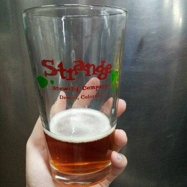 Das Foto wurde bei Strange Craft Beer Company von Heather V. am 3/28/2013 aufgenommen